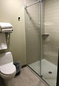 blue grass inn bathroom