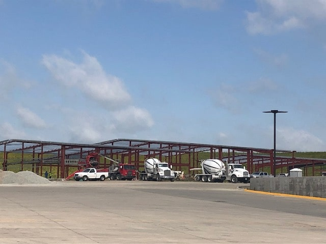 Waspy's Truck Service Center building going up